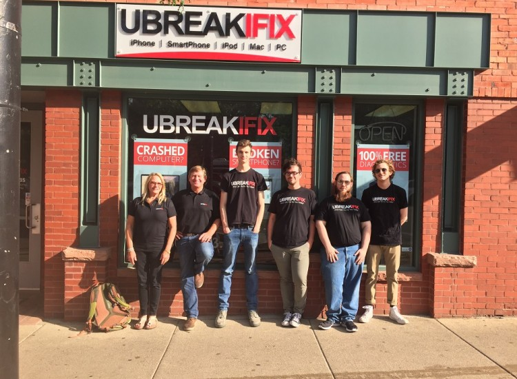 uBreakiFix Boulder Store Photo 2