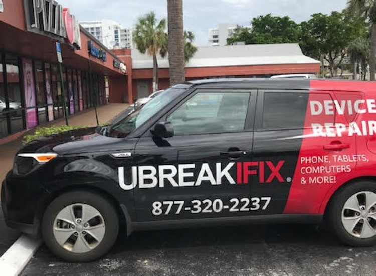 uBreakiFix Fort Lauderdale Store Photo 4