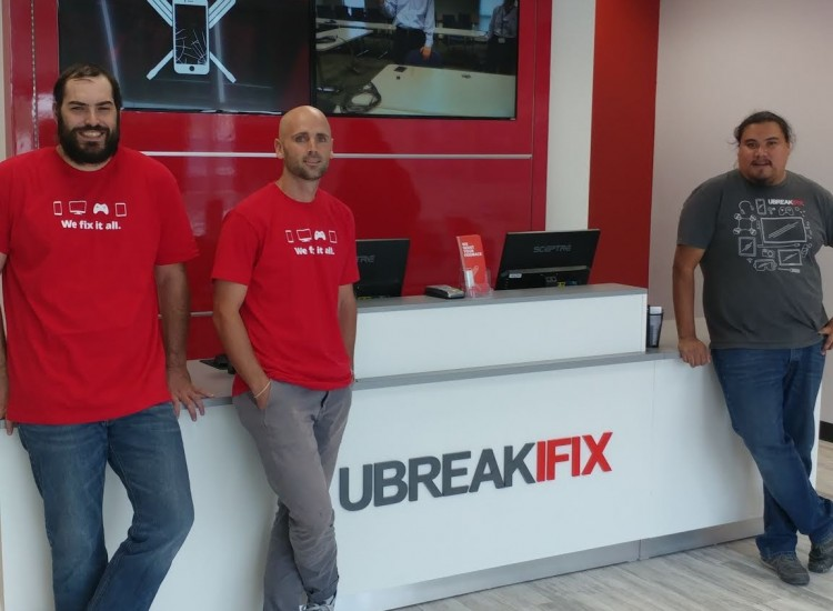 uBreakiFix Harrisville Store Photo 2