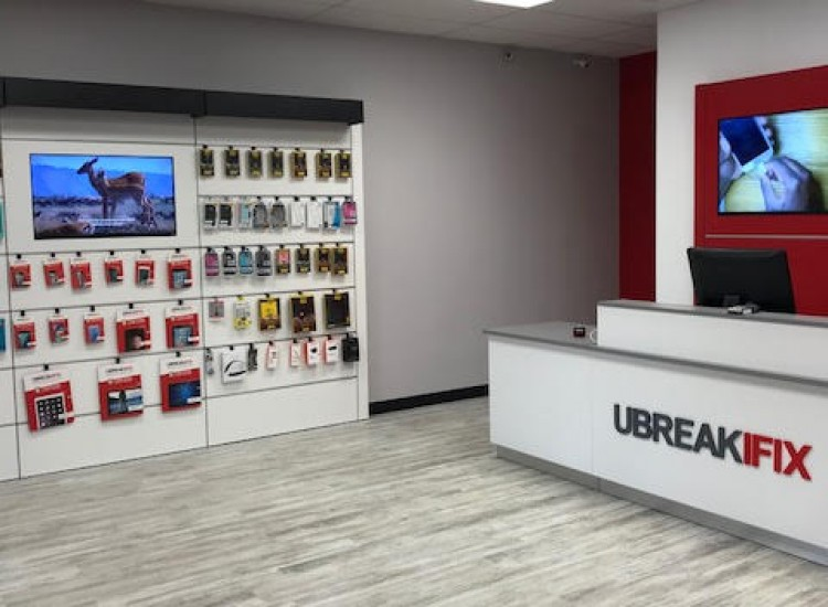 UBreakiFix Palm Beach Gardens Store Photo 2