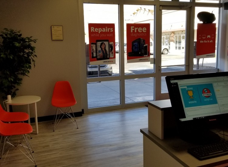 uBreakiFix Prescott Valley Store Photo 3